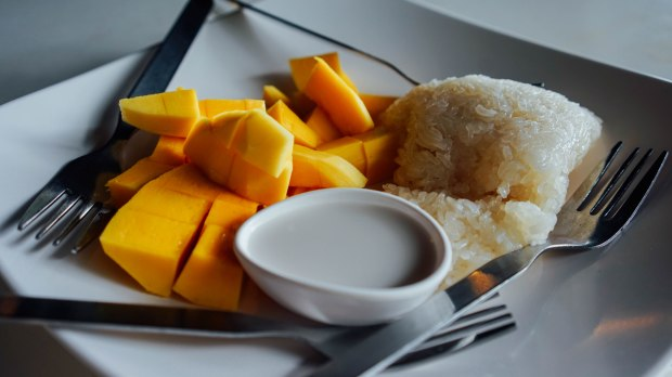 No 6 Restaurant Patong Phuket Mango Sticky Rice