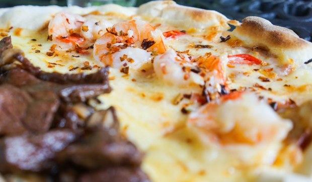 the-coastal-settlement-half-and-half-pizza