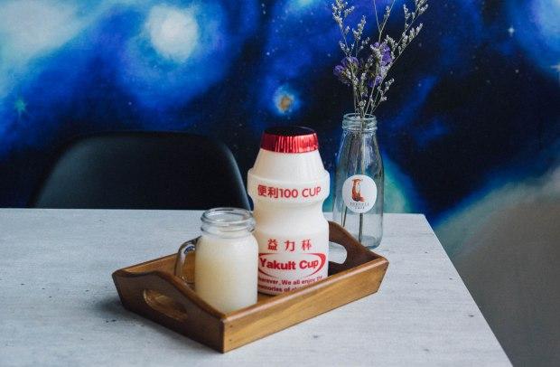 foxhole-cafe-yakult-soda