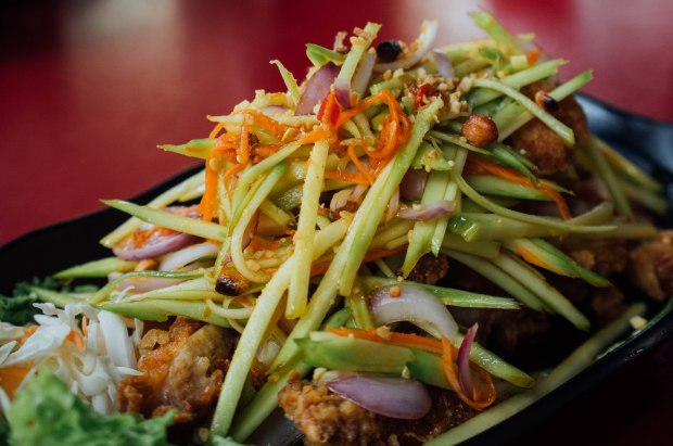 roy-thai-kitchen-thai-style-fried-chicken-with-mango-salad