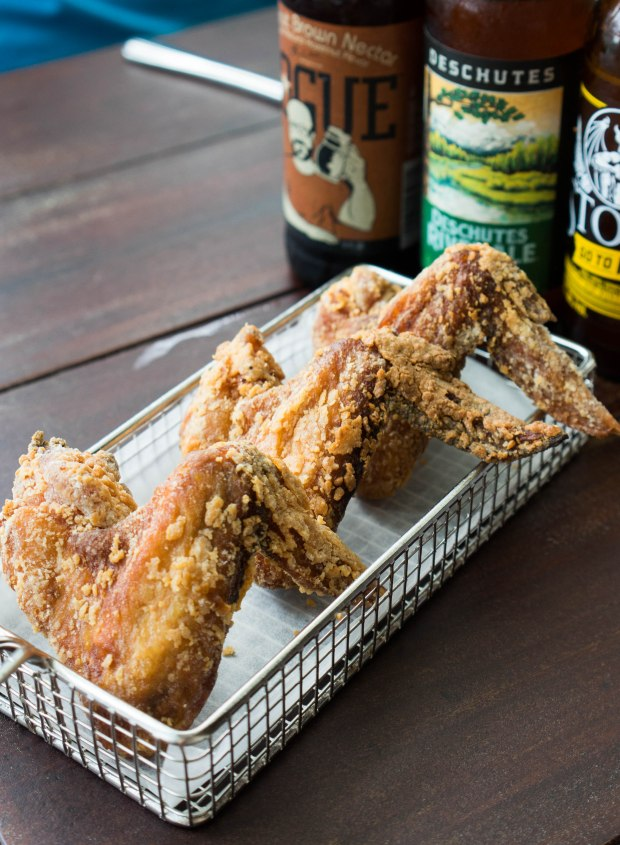 morganfields-golden-fried-wings