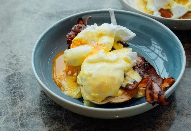 monti-festino-eggs-benedict