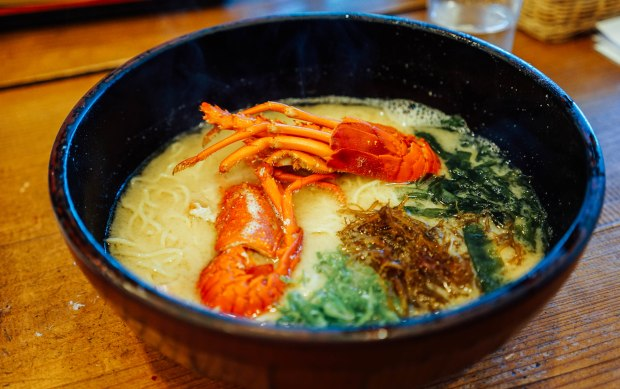 aoki-sazae-lobster-ramen