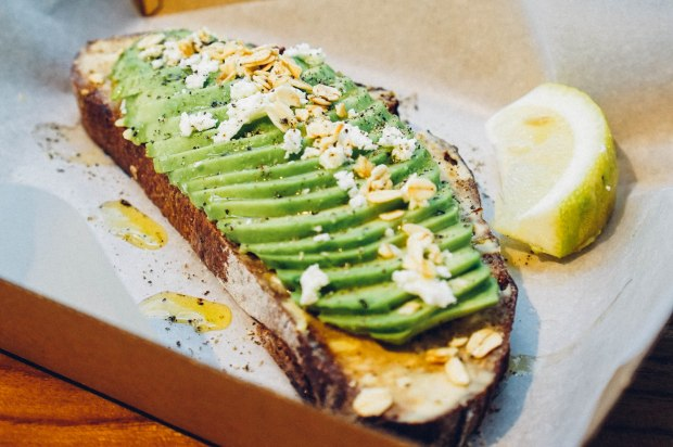 the-glasshouse-cafe-toast-avocado