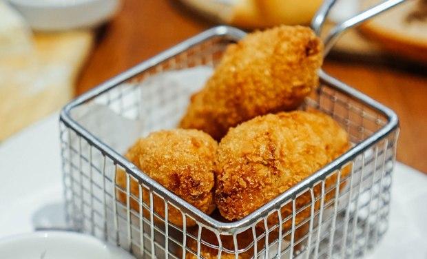 brotzeit-potato-sauerkraut-crockets