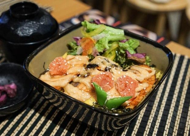 tokyo-eater-aburi-mentai-salmon-don