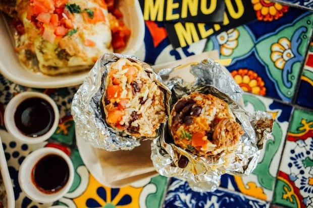 guzman-y-gomez-burrito