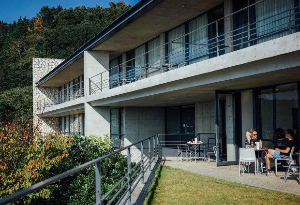 naoshima-benesse-house