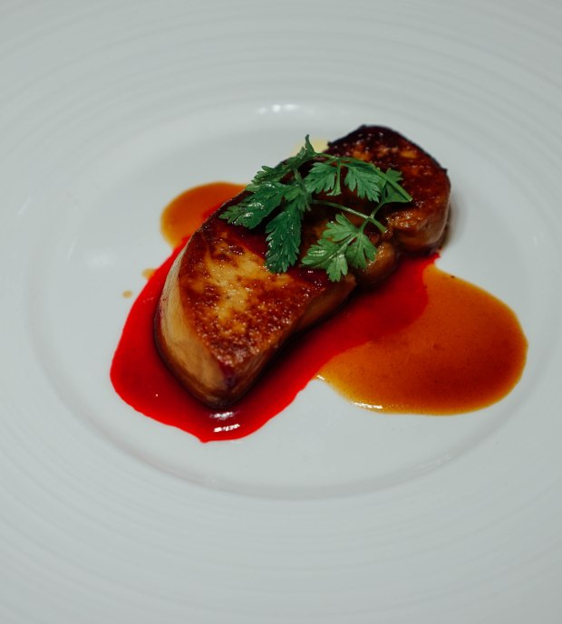 amara-hotel-pan-seared-foie-gras-with-cranberry-sauce
