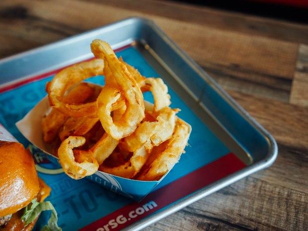 fatburger-homemade-onion-rings