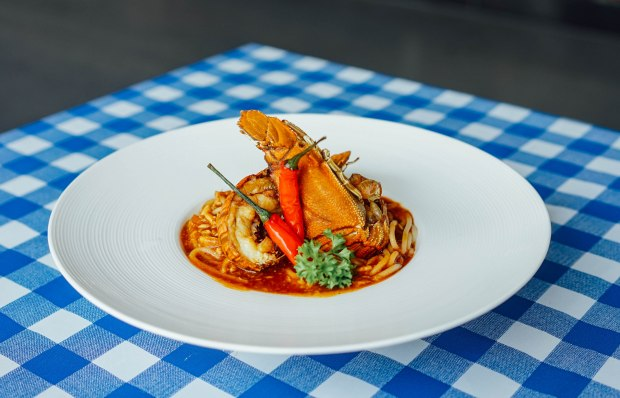 estation-cafe-chilli-crab-crayfish-spaghetti