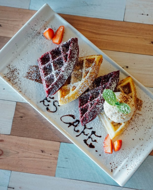 estation-cafe-half-and-half-waffles-2