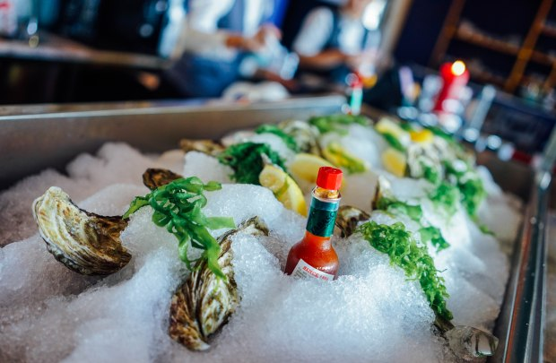 lots-gourmet-oyster-bar
