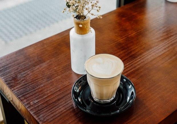 flagwhite-chai-latte