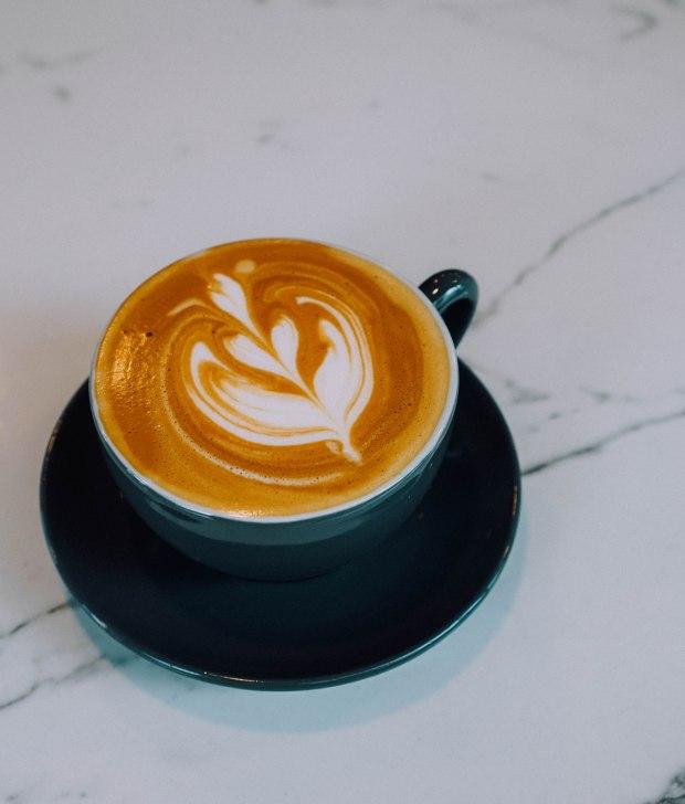 runway80-caramel-latte