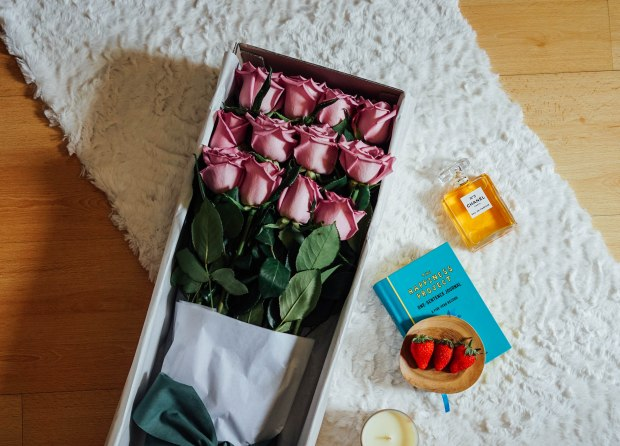 roses-only-1