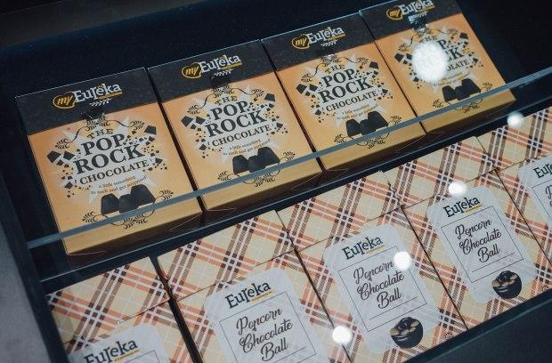 myeureka-snackbar-popcorn-pop-rock-chocolate