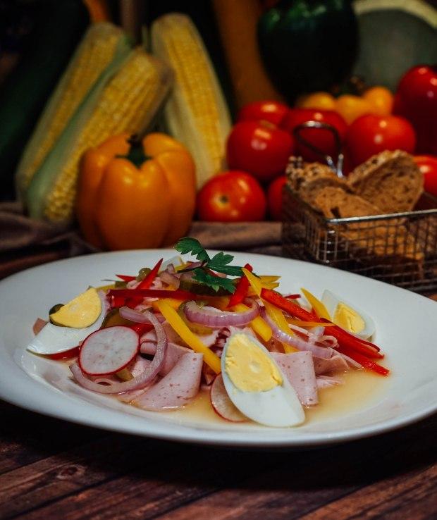 brotzeit-sausage-salad