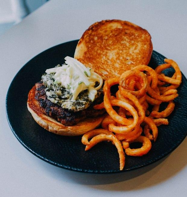 cheeky-singapore-cheeky-burger