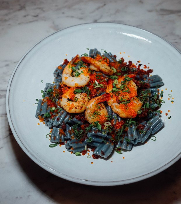 pasta-supremo-prawn-aglio-olio