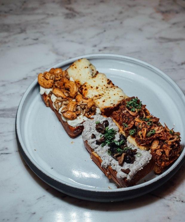 pasta-supremo-stuff-on-bread