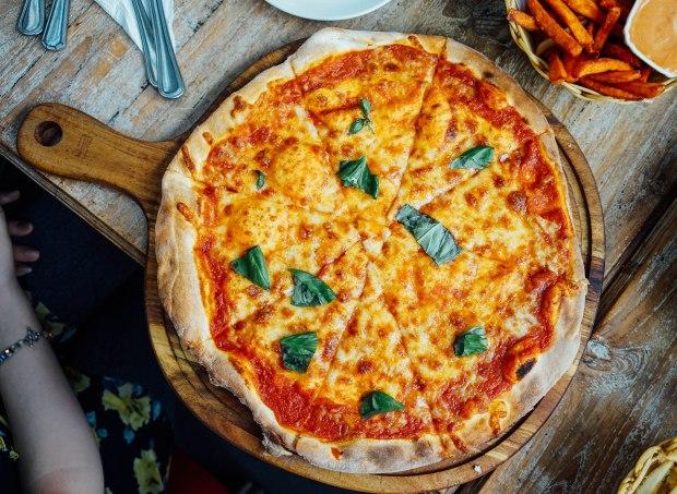 miska-cafe-magarita-pizza