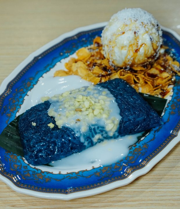 soi-thai-soi-nice-sticky-rice-with-coconut-ice-cream