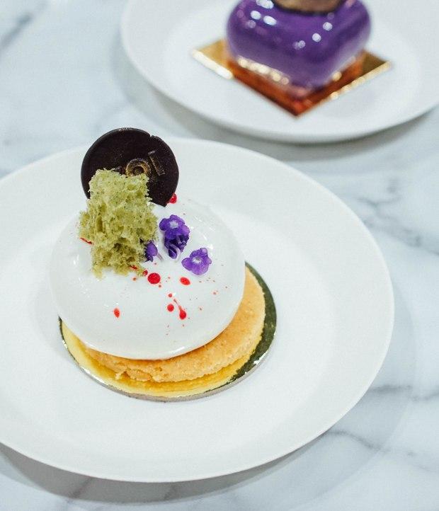 cafe-culture-koi-dessert-bar-berry-cheesecake