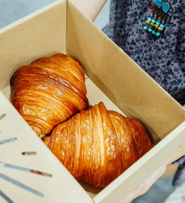 cafe-culture-lune-croissants