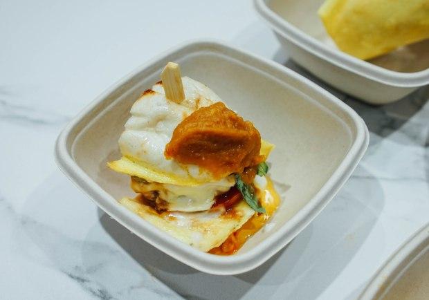 deliveroo-foodiepreneur-teratak-Cinta-Rasa-roti-john