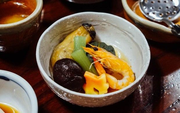 nanzenji-junsei-yudofu-hotpot-set-simmered-dish