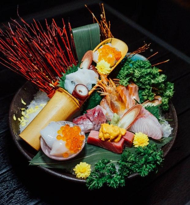 ten-sushi-deluxe-ten-assorted-sashimi-deluxe-2