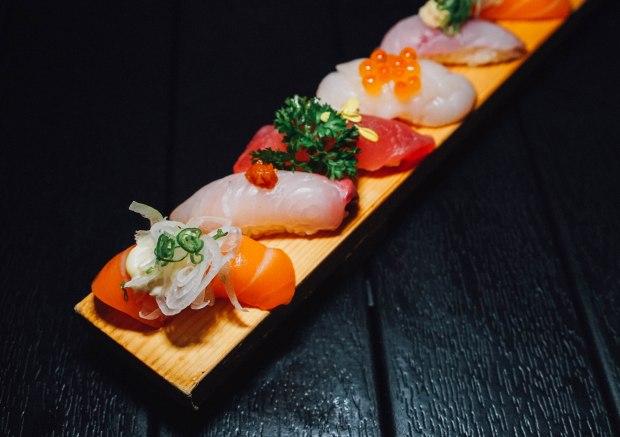 ten-sushi-omakase-sushi-2