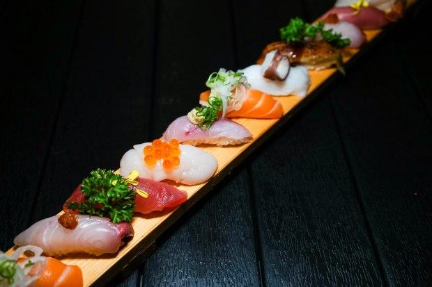 ten-sushi-omakase-sushi