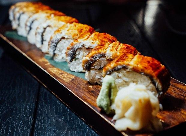 ten-sushi-unagi-eel-roll