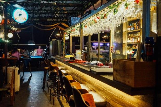 famous-bar-2