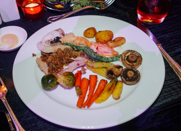 mandarin-orchard-singapore-christmas-2019-roast-meats-2