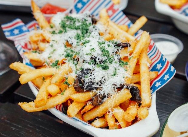 mischief-truffle-fries-maximus