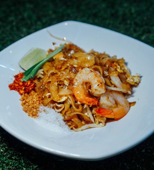 real-thai-shrimp-pad-thai