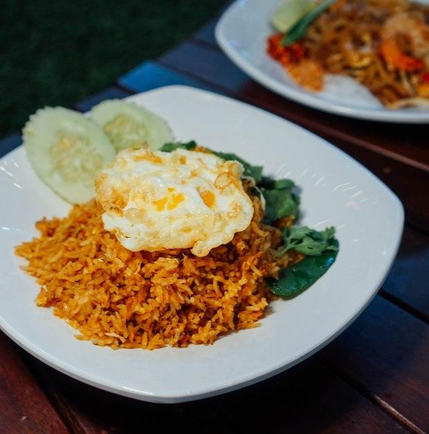 real-thai-shrimp-tomy-um-fried-rice