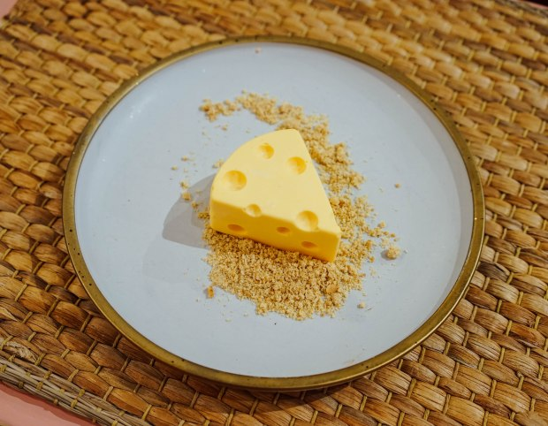 brown-butter-cafe-lemon-cheesecake
