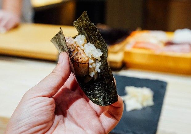 mai-by-dashi-master-marusaya-aburi-otoro-temaki
