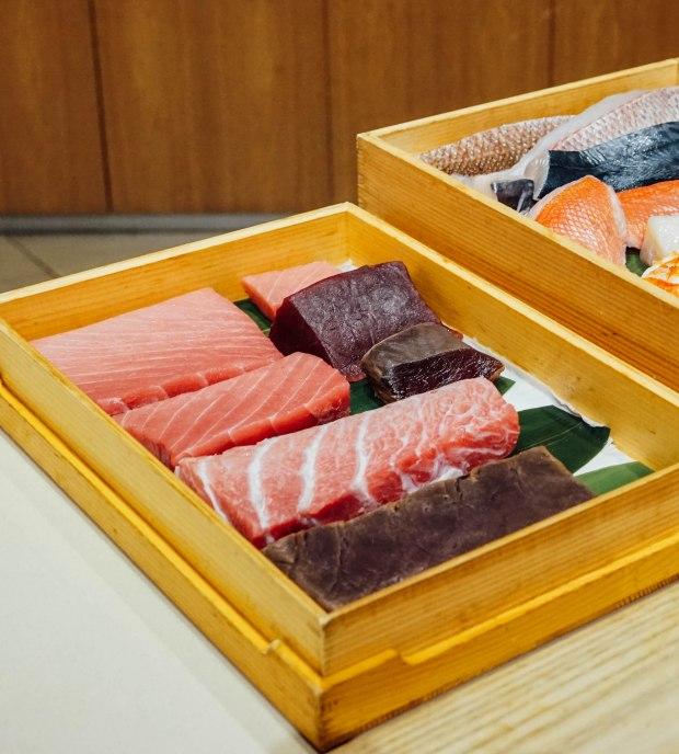 mai-by-dashi-master-marusaya-tuna-cuts