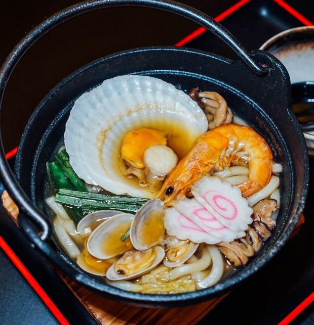 kiyoshi-seafood-nabeyaki-udon