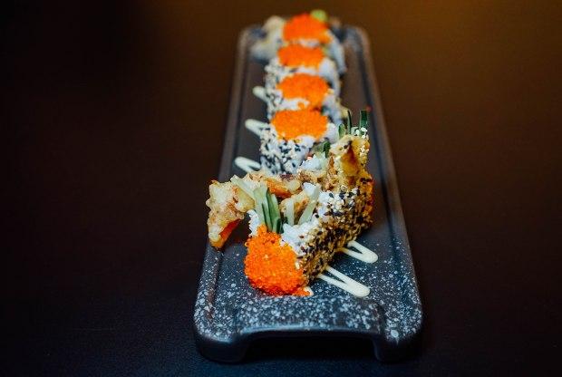kiyoshi-soft-shell-crab-roll