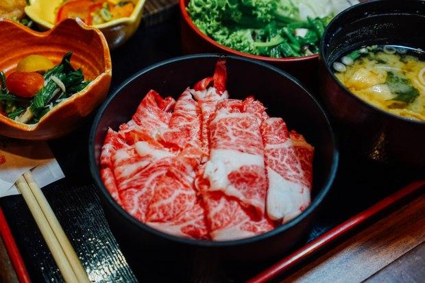 dashi-master-marusaya-wagyu-beef-shabu