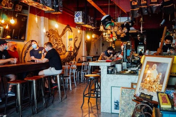 moonstone-bar-interior