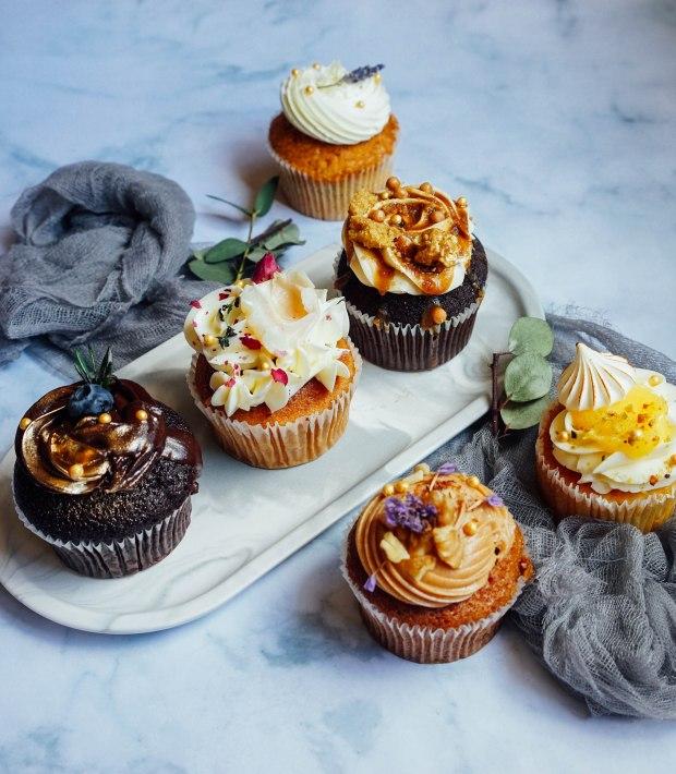 sarahs-loft-assorted-cupcakes-3