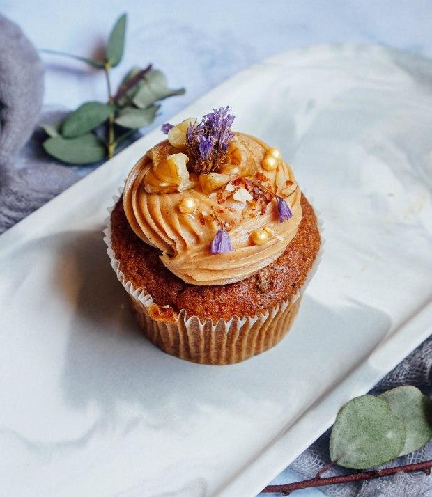 sarahs-loft-cupcake-carrot-walnut