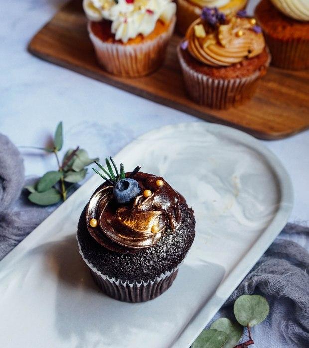 sarahs-loft-cupcake-chocolate-ganache